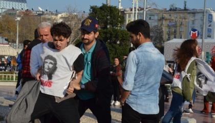 أردوغان يعتقل التلامذة.. الشرطة تعتدي على 3 طلاب تظاهروا لتحقيق العدالة