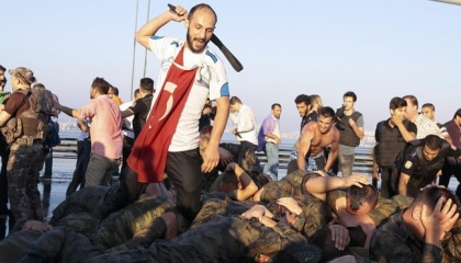 وكالة دولية تثبت بالأدلة: انقلاب تركيا «تمثيلية» من أردوغان لأسلمة الجيش