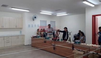 بالصور: فضيحة تربوية.. مدارس أردوغان تعلم الأطفال «ضرب النار»
