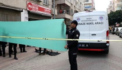 العثور على جثة رضيع في صندوق قمامة بمقاطعة آك دنيز التركية