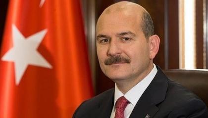 وزير داخلية أردوغان هدد الشعب التركي بالسجن واعتقل 500 بسبب احتلال سوريا