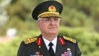 رئيس الأركان التركي يهاتف نظيره الروسي حول تطور الأوضاع في سوريا