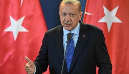 أردوغان يجوع شعبه ويبني مسجدًا في جيبوتي بـ12.6 مليون دولار
