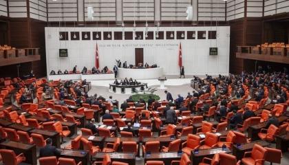 رسميًا.. حزب أردوغان يطلب الإذن من البرلمان التركي لاحتلال ليبيا عسكريًا