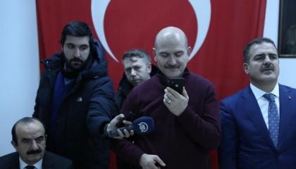 أردوغان يهنئ جنوده بالموت ويذكرهم بالاحتلال العثماني: أعيدوا سيرة بربروس