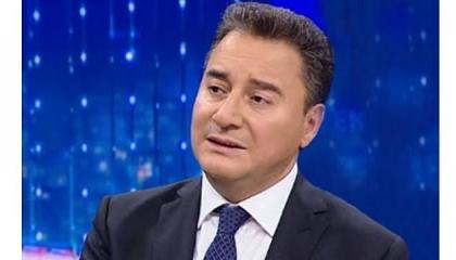 باباجان يعاود التغريد بعد انقطاع 5 سنوات: 2020 مختلف على كل الأصعدة