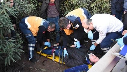 إصابة 30 عاملا تركيًا في انقلاب شاحنة بمدينة أضنة