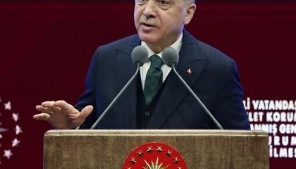 بالفيديو.. أردوغان يبرر فشله: العالم يغار من تركيا «غيرة خطيرة»!