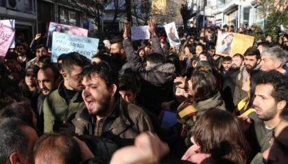 الشرطة التركية تطلق الغاز على طلاب جامعيين احتجوا ضد الاختفاء القسري