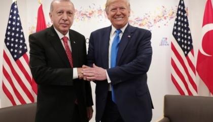 أردوغان وترامب يناقشان تطورات الأزمة الليبية في مكالفة هاتفية