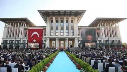 مصادر تركية: أردوغان يلتقي وزير الداخلية لإقناعه بالتراجع عن قرار الاستقالة