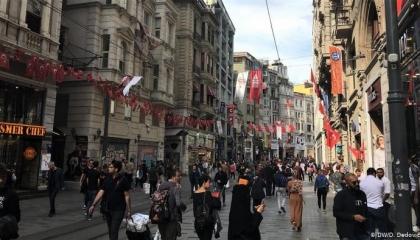 استطلاع رأي: الاقتصاد أكبر مشاكل الشعب التركي