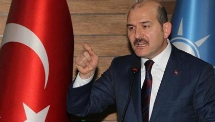 وزير الداخلية التركي لأهالي إلازيغ المنكوبة: أحذركم من ربط الزلازل بالسياسة