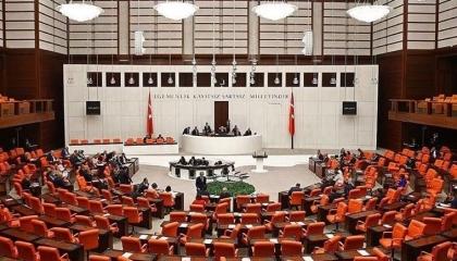 نائبة بـ«الشعب الجمهوري»: الشعب التركي ضحايا لتحالفات حزب أردوغان