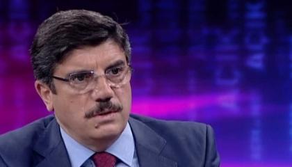 «سيد قطب».. بطل الكتاب الجديد لمستشار أردوغان