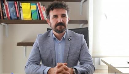 وصفَ صويلو بـ«الوزير الأصلع» فأُحيل للتحقيق بتهمة «إهانة أردوغان»!
