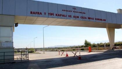 انتهاكات حقوق الإنسان في سجون تركيا: معتقل يفقد عينيه بسبب تعنت إدارة السجن