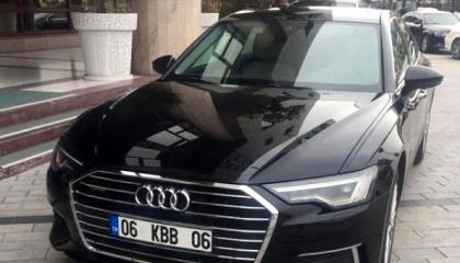 شركة تابعة لبلدية تركية مديونية تشتري سيارات فاخرة لمسؤوليها