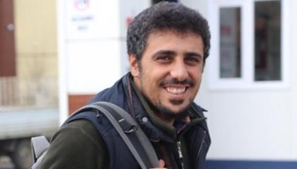 صحفي تركي معتقل يكشف معاناة المسجونين في زنازين أردوغان
