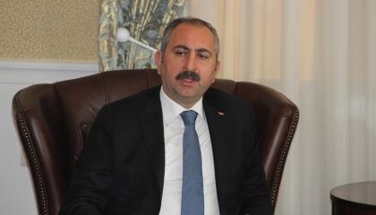 وزير العدل التركي يرد على كليتشدار ويدافع عن أردوغان: لا تسخر من عقل الأمة