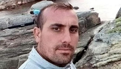 انتحار عامل تركي بمقر عمله.. وصاحب المصنع يجبر زملاءه على العمل بجوار جثته