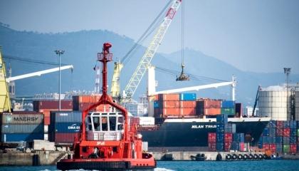 تحقيقات إيطالية مع قبطان سفينة حملت أسلحة من تركيا إلى ليبيا