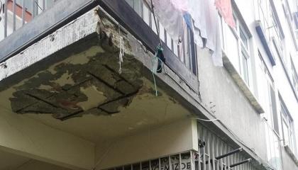 الحكومة التركية تتجاهل استغاثة المواطنين بمناطق الزلازل: لا نريد الموت