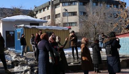 زلزال على الحدود التركية - الإيرانية يودي بحياة 7 مواطنين وإصابة 5