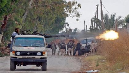 مقتل 10 جنود أتراك في استهداف للجيش الليبي لقاعدة معيتيقة الجوية
