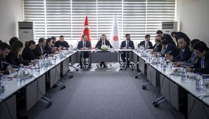 أردوغان يكثف اتصالاته بزعماء العالم بعد خسارته في إدلب
