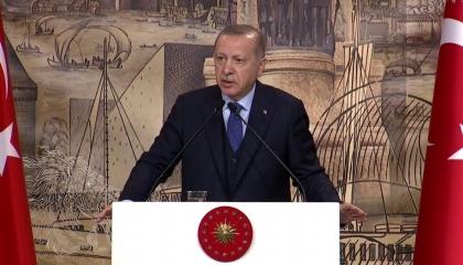 بالفيديو: أردوغان يعترف بتهديده لميركل بعد تأخر وصول 25 مليون يورو