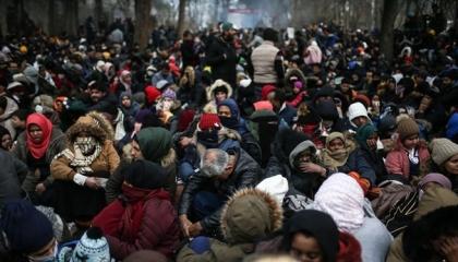 تركيا تعلن مغادرة نحو 37 ألف لاجئ متجهين لأوروبا عبر أدرنة خلال ساعات