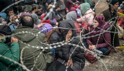 وزير الداخلية التركي: خروج أكثر من 76 ألف لاجئ إلى أوروبا حتى صباح اليوم