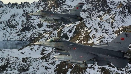موسكو تحذر أنقرة: لا يمكننا ضمان سلامة طائراتكم في سماء سوريا
