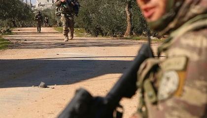 وزارة الدفاع التركية تعترف بمقتل جنديين وإصابة 6 في هجوم للجيش السوري