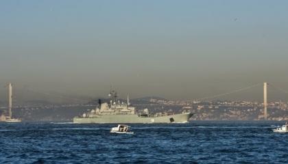 عبور سفينة روسية عسكرية مضيق البوسفور التركي نحو سوريا