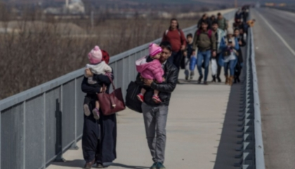 تركي يعتدي بالضرب على لاجئة عراقية حامل: «ارحلي من هذا البلد»