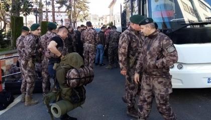 وزير الداخلية التركي: نشرنا 1000 شرطي على حدود اليونان لمنع عودة اللاجئين