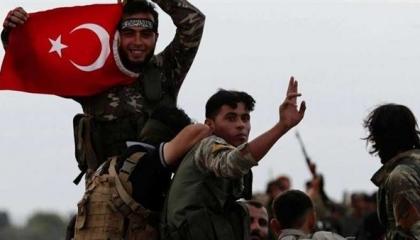 طائرة تركية تنقل 126 مرتزقًا سوريًا إلى ليبيا للقتال ضد الجيش الوطني