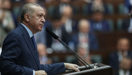 أردوغان يواصل ابتزازه لأوروبا: لن نغلق الحدود مع اليونان والهجرة ستزيد