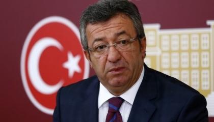 ردًّا على اعتقال صحفيين.. معارض تركي لأردوغان: لا تفسد موازين العدالة