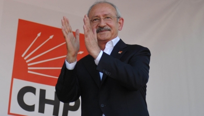 زعيم المعارضة في «يوم الطبيب»: منظومة الصحة التركية فاسدة