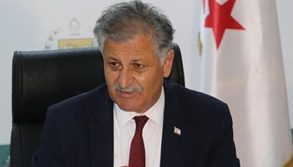 نقل وزير الصحة بقبرص التركية للمستشفى