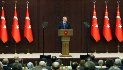 الاقتصاد التركي يواجه «كورونا» بتدابير تتكلف 100 مليار ليرة