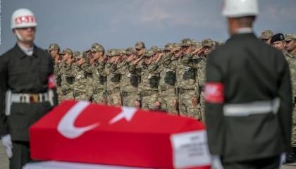مقتل اثنين من الجنود الأتراك في إدلب السورية