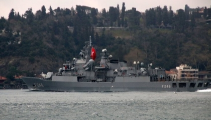 سفن «الناتو» عبرت البوسفور  إلى البحر الأسود.. هل تشعل تركيا حربًا عالمية؟