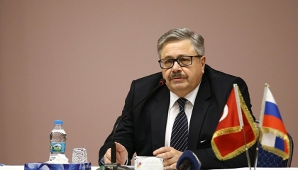 سفير روسيا بأنقرة يطالب مواطنيه بمغادرة تركيا