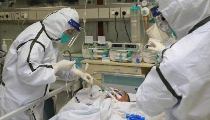 إصابة 7402 تركي بفيروس كورونا وارتفاع الوفيات إلى 108 حالات