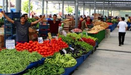 «المكرونة والكولونيا» في صدارة مخزون الأتراك خلال أزمة كورونا