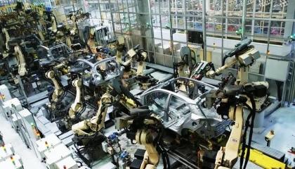 شركة هيونداي تعلق الإنتاج بتركيا